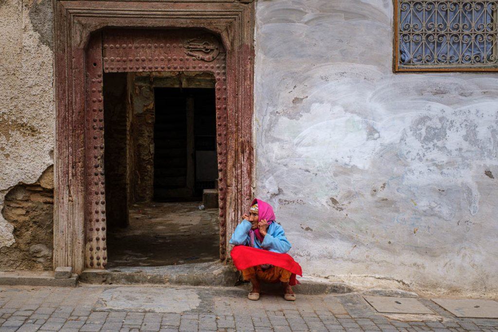 Colourful raditional lady on the streets of Fes